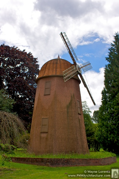 Photo of The Willowmoor Farm Windmill