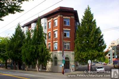 Photo of The Centerview Apartments in Seattle, Washington